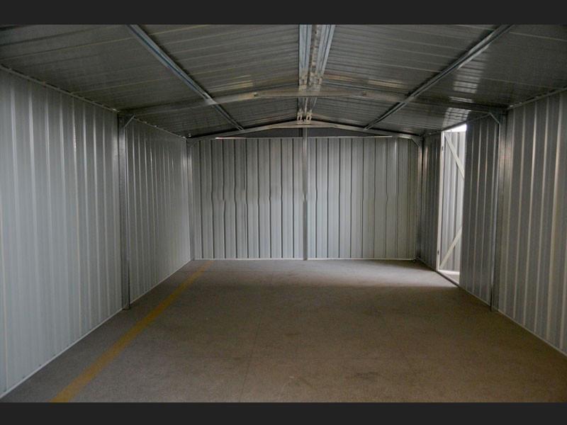 Box garage auto moto in acciaio 360x514x230 bianco for 3 box auto con abitazione