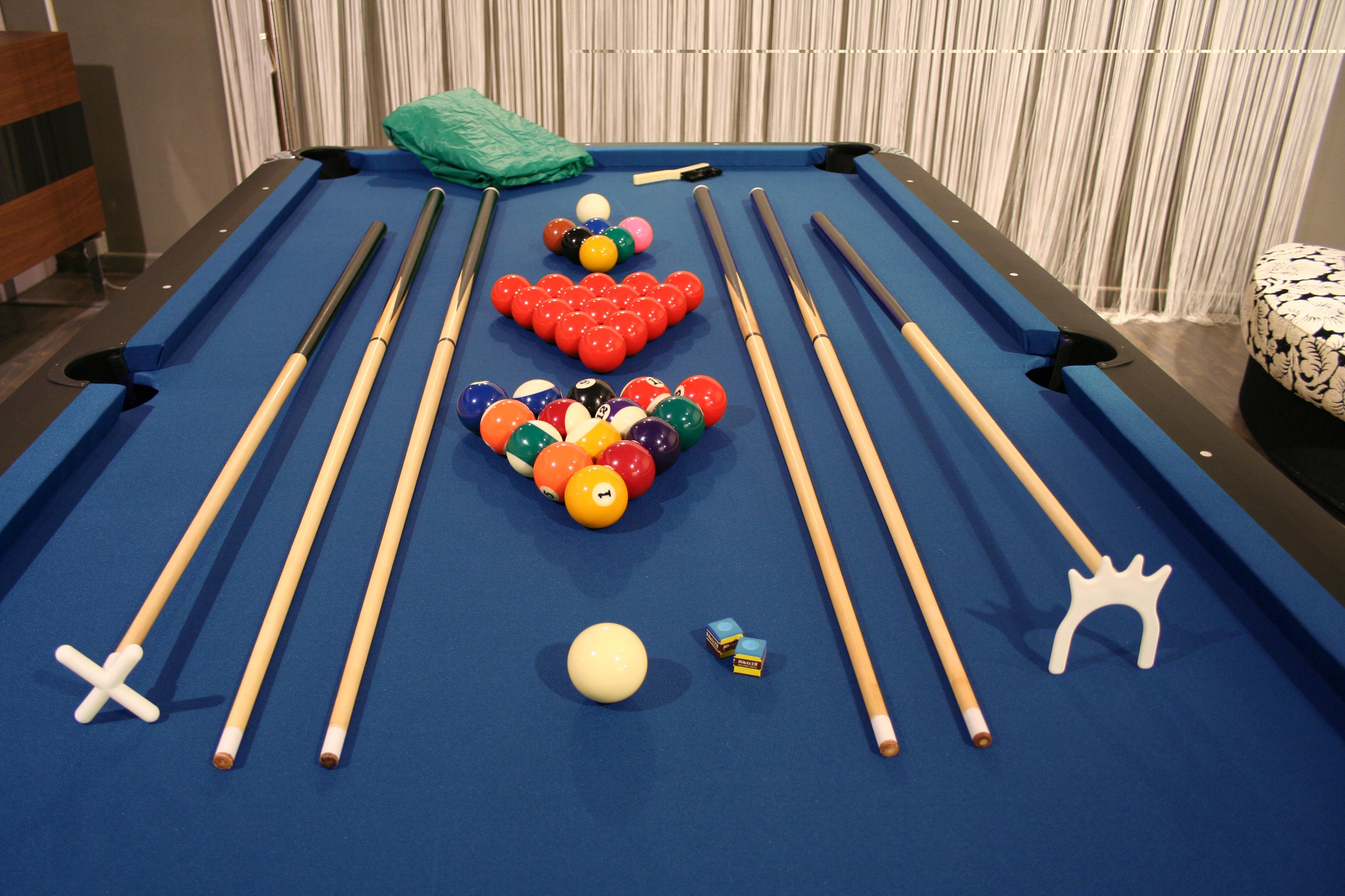 Tavolo da biliardo professionale accessori per carambola 6 stecche panno blu ebay - Dimensioni tavolo biliardo casa ...